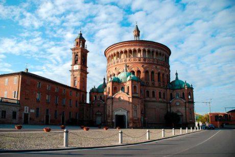 -Província de Cremona, Lombardia, ao norte da Itália.