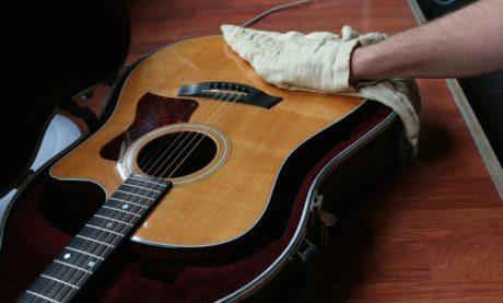 imagem01 - dicas de manutenção de violão - Planeta Música